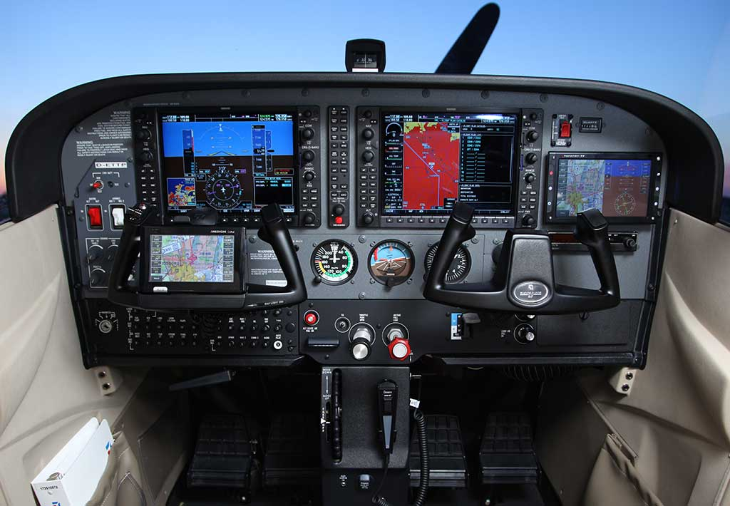 Aircraft Instrument Panel : Transitioning to glass how hard can it be eaa chapter
